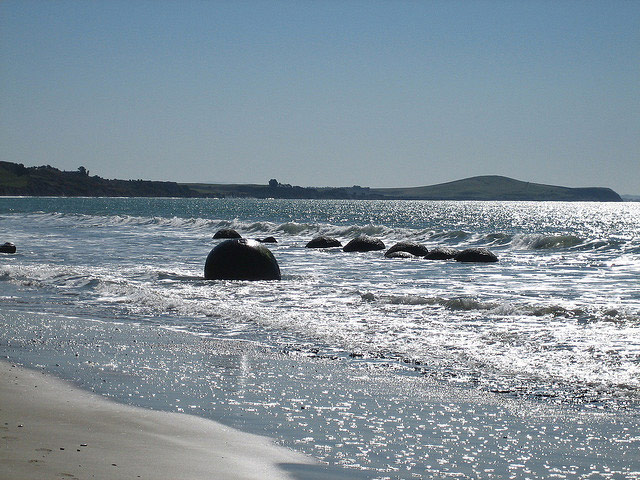 Moeraki boulders at high tide