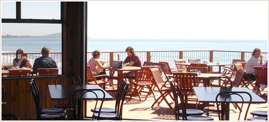 Moeraki Boulders Cafe - Outdoor dining area