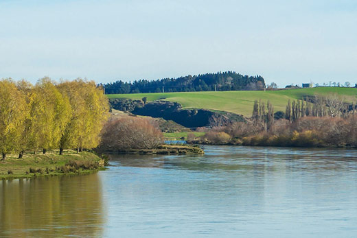The peaceful Balclutha River in Otago NZ