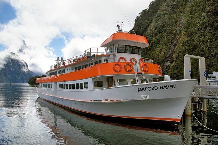 MV Milford Haven boat